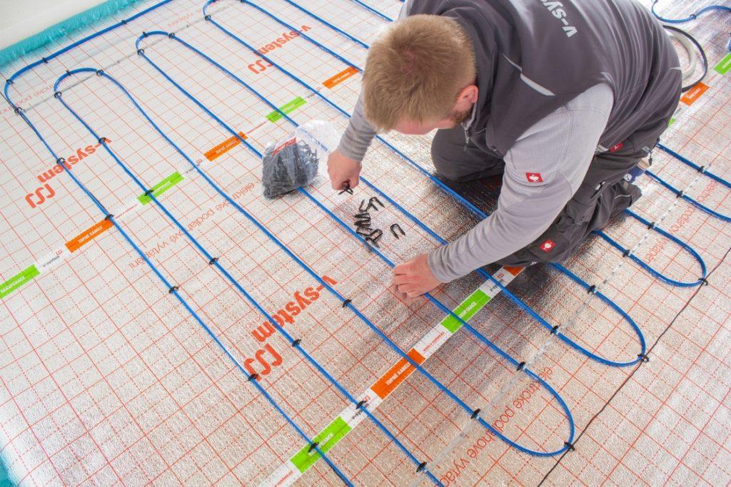 montáž elektrického podlahového topení