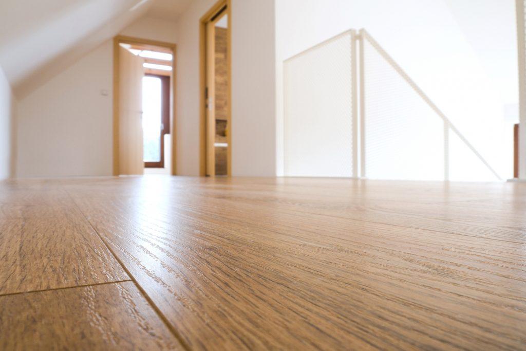 Dřevěná podlaha na podlahovém topení