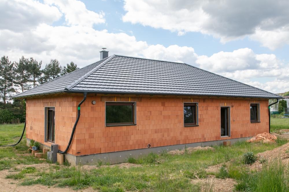 novostavba rodinného domu s elektrickým vytápěním a řízeným větráním s rekuperací tepla