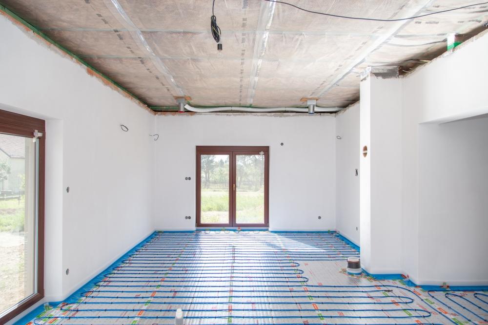 podlahové vytápění a řízené větrání rodinného domu